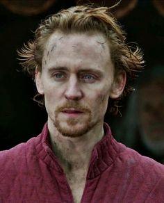 Tom Hiddleston | Henry V. in William #Shakespeare's Henry V. (The Hollow Crown, England, UK, 2012) #TV #TomHiddleston