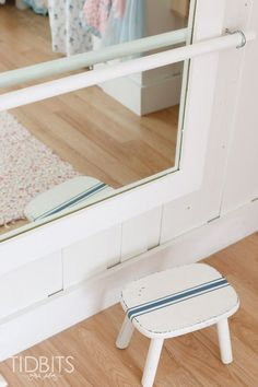 Girls shared room - simple ideas for making the most of a small bedroom.