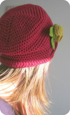 Slouchy make-it-up-as-you-go-along crochet hat! By Pink Milk Blog