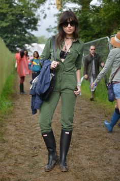 Daisy Lowe at Glastonbury festival 2015 wearing exclusive personalised Hunter Original boots
