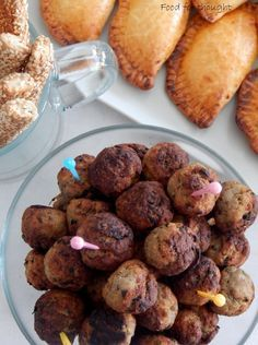 Greek Recipes, Meat Recipes, Appetizer Recipes, Dessert Recipes, Minced Meat Recipe, Appetisers, Party Snacks, Finger Foods, Healthy Snacks