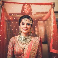 Bride / bridesmaid / Wedding Photography / Bridal / Getting ready / Photography / Wedding / Lehenga / Bridal Photoshoot / Make up / Happy Bride / Bride style / Bride Squad / Bridesmaids Bridal Poses, Bridal Photoshoot, Bridal Shoot, Bridal Portraits, Indian Photoshoot, Photoshoot Ideas, Indian Wedding Poses, Indian Wedding Photography Poses, Indian Bridal