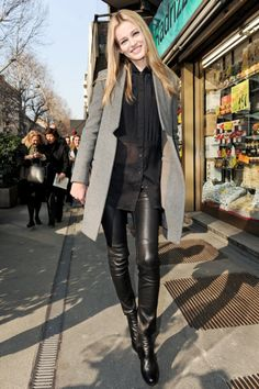 love the sheer black blouse, the black leather pants, and the gray coat. Perfect fall/winter look. Estilo Fashion, Look Fashion, Womens Fashion, Simply Fashion, Black Leather Pants, Leather Trousers, Black Pants, Leather Boots, Mode Chic