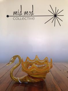 Vintage Mirano blown glass swan. Available now at Mid Mod Collective. Email midmodcollective@gmail.com for more info.