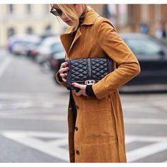 When in doubt, go for the Love crossbody Rebecca Minkoff Regan Satchel, Rebecca Minkoff Handbags, Celebrity Look, Famous Brands, Chanel Handbags, Winter Jackets, Street Style, My Style, How To Wear