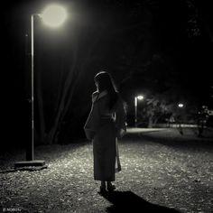 #japanese #love #girl #monochrome #night #kimono #leica #m9 #着物