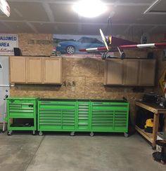 44 in. x 22 In. Garage Tools, Garage Shop, Garage House, Garage Paint Ideas, Garage Ideas, Shop Tool Boxes, Tool Box Diy, Garage Storage Cabinets, Diy Garage Storage