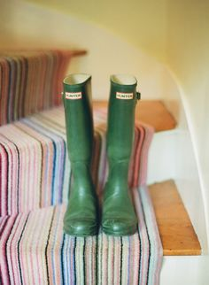 green wellies house of turquoise: sarah crawford Green Wellies, Loft Studio, House Of Turquoise, This Is Your Life, Cheap Carpet Runners, Barbie Dream House, How To Have Twins, Carpet Stairs, Turquoise
