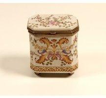 Caixa Decorativa de Porcelana Koshi I