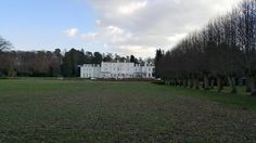 The mansion at Coworth Park, UK. Country living at its finest. Only 40 minutes from London, but a world away. Visit Britain, Exeter, Lake District, Country Living, Edinburgh, Sidewalk, London, Mansions, Park