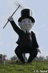 World's Largest Chimney Sweep, Happy Chef, McPherson, Kansas.my home town.this used to be outside the Happy Chef restaurant until they closed down and then a Chimney Sweep business put it out on the highway to advertise their business. Kansas Usa, State Of Kansas, Mcpherson Kansas, Chimney Sweep, Roadside Attractions, Unusual Things, World's Biggest, Along The Way, Worlds Largest