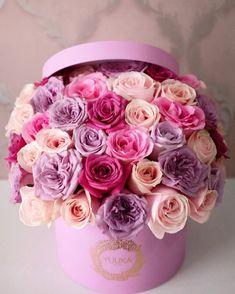 46 Ideas Flowers Bouquet Birthday Floral Arrangements Pink Roses For 2019 Luxury Flowers, My Flower, Pretty Flowers, Beautiful Flower Arrangements, Floral Arrangements, Pink Roses, Pink Flowers, Colorful Roses, Bouquet Box