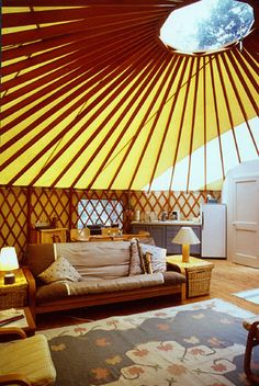 Yurt interior - Living in a yurt would certainly require you to minimize clutter and maximize organization Yurt Living, Tiny Living, Living Spaces, Outdoor Living, Gypsy Living, Living Area, Living Room, Yurt Interior, Interior Design