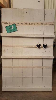 Kaartenrek/ houten kaartenbord