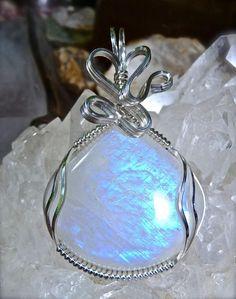 pendentif pierre de lune miraculeux