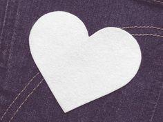 Herz  (Größe L) weiß Bügelmotiv Applikation 85mm  von Silwarin auf DaWanda.com
