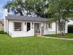 A Lisa Luby Ryan Highland Park House for Sale 4611 Arcady Avenue Highland Park, TX 75209 1 Bedroom 1 Bath 1,610 Square Feet