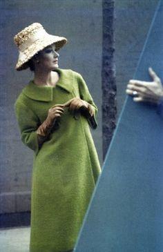 Saul-Leiter-Harpers-Bazaar-Feb.-1959