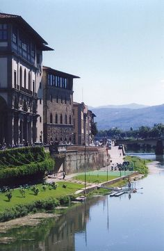 So much to see! Galleria degli Uffizi, Florence
