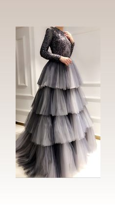 Buy Online gowns for women in India. Aasvaa has the Best Collection of Beautiful Gowns, party wear gowns, long gowns, wedding gowns & drape gowns for various occasion at the best price. Indian Gowns Dresses, Pakistani Dresses, Indian Anarkali, Indian Designer Outfits, Designer Dresses, Stylish Dresses, Fashion Dresses, Modest Fashion, Lehnga Dress
