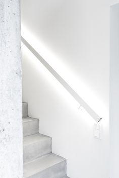 VINKKEJÄ KODIN VALAISTUKSEN SUUNNITTELUUN Iron Stair Railing, Industrial Design, Stairs, Lights, Led, Interior Design, Architecture, Building, House
