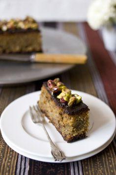 pistachio cake (gluten-free)