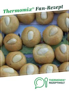 Ein Thermomix ® Rezept aus der Kategorie Backen sü… Bethmännchen of utilahai. A Thermomix ® recipe from the Baking Sweet category www.de, the Thermomix® Community. Biscuits, Marzipan, Pampered Chef, Bagel, Nom Nom, Food And Drink, Sweets, Baking, Desserts