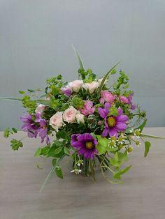 ほぐれた装飾的花束…