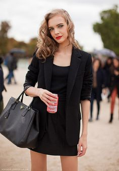 prada handbag model