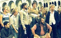 LOTR: ROTK/ Dominic Monahan, Billy Boyd, Karl Urban, Elijah Wood, Peter Jackson, Viggo Mortensen, Miranda Otto & David Wenham with other cast and crew.