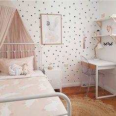Lovely  @houseof_rodgers    #lovely #boysroom #gutterom #girlsroom #jenterom #interiør #inspo #barnerom #barneinteriør #barneinspo #barneromsinteriør #gravid #nyfødt #newborn #babyroom #barsel #mammaperm #mammalivet #småbarnsliv #interior #kidsinspo #kidsinterior #kidsdecor #nursery #nurserydecor #barnrum