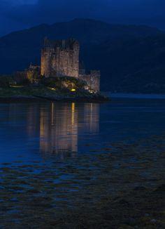 silvaris:  Eilean Donan Castle by Carrie Kouri