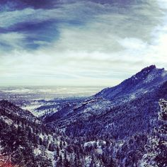 The canyon this morning #boulder #colorado #mountains #sky #snow by @ezahnn on 2013-01-29