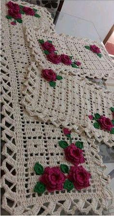 Visit the site for details. Crochet Blanket Edging, Crochet Motif, Crochet Doilies, Baby Sweater Knitting Pattern, Baby Knitting Patterns, Easy Baby Blanket, Baby Blankets, Crochet Home Decor, Crochet Tablecloth