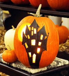 haunted house pumpkin design - Halloween / Fall / Autumn Decoration