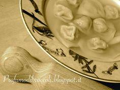 Profumo di broccoli: Tortelli in brodo di zucca ripieni di broccoli, ca...