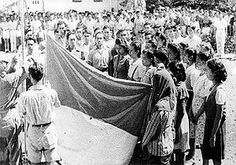 Proklamasi Kemerdekaan Indonesia - Wikipedia bahasa Indonesia, ensiklopedia bebas Aesthetic Bedroom, Founding Fathers, Surabaya, Old Pictures, Banner Design, Independence Day, Vintage Photos, Vintage Stuff, Presidents