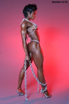 Her body is a fitness masterpiece! Natalie Benson is FIERCE!