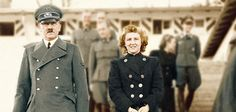 Um den Tod Adolf Hitlers im Führerbunker am 30. April 1945 ranken sich seit jeher zahlreiche Mythen und Theorien. Eine US-TV-Doku will unlängst erst Beweise gefunden haben, dass Hitler die Flucht g…