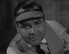"""Jonathan Winters stars as billiards champion """"Fats Brown"""" in the Season 3 episode """"A Game of Pool."""""""