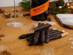 Vánoční cukroví ze slunné Itálie   Prima nápady Cinnamon Sticks, Spices, Ethnic Recipes, Food, Spice, Essen, Meals, Yemek, Eten