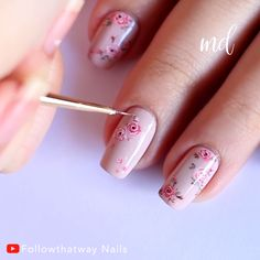 Elegant Nail Designs, Flower Nail Designs, Red Nail Designs, Nail Manicure, Gel Nails, Nail Art Modele, Olive Nails, Nagel Bling, Halloween Acrylic Nails