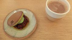 Pour qui? Les amateurs de douceurs nipponnesLe plat culte? Le dorayaki! Qui pouvait imaginer que deux pancakes fourrés de pâtes