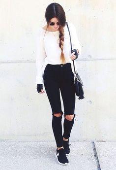 black ripped jeans + black nike roshe