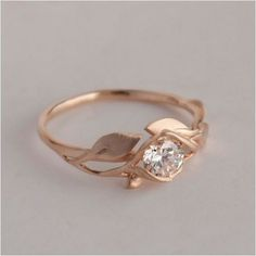 40 Ideas For Antique Engagement Rings Vintage https://femaline.com/2017/03/26/40-ideas-for-antique-engagement-rings-vintage/