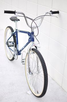24 Bmx, Bmx Pedals, Vintage Bmx Bikes, Bmx Cruiser, Skateboard Companies, Old Scool, Bmx Parts, Bmx Street, Bmx Bicycle