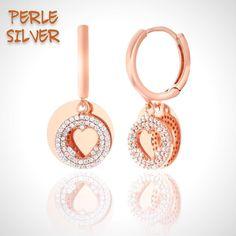 Klasik modelin farklı yorumuyla yuvarlak küpemiz  925 ayar gümüş Kargo ücretsiz Whatsapp 905436274378 Satın almak isterseniz whatsapp yada direk mesajdan dükkanımızla iletişime geçebilirsiniz. www.perlesilver.com You can write our store from whatsapp or dm if you would like to buy. #perlesilver #gümüş  #gümüştakı  #925ayar #925carat #takı #silver  #silverjewelry #earrings #jewelry #picoftheday #pictureoftheday #follow #followme #follow4follow #like4like #likeforlike #me #ucgenkupe #rosegold…