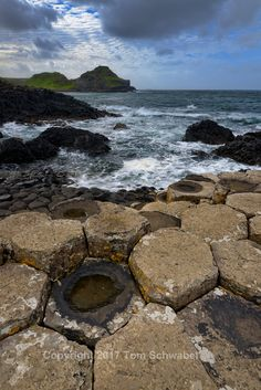 pdxsafariguy posted a photo:  Giant's Causeway, County Antrim, Northern Ireland.  This is a copyrighted image with all rights reserved. Please don't use this image on websites, blogs, facebook, or other media without my explicit permission. I will stop posting again if these images turn up in places I did not allow them to. See profile page for information on prints and licensing.  Bản quyền hình ảnh. Không sử dụng mà không được phép.  Авторское изображение. Не используйте без разрешения…