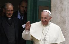 #PopeFrancis celebrates with his Jesuit brothers