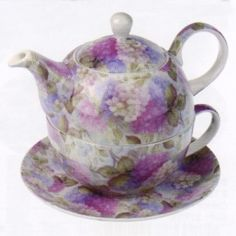 Maxwell &  Williams Bone China - Royal Old England Collection, Tea-for-One, Hydrangea Chintz